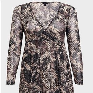Snakeskin sheer top from Torrid. Brand new.